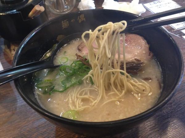 沖縄 ラーメン 国際通り 麺や偶 もとなり(裕子)